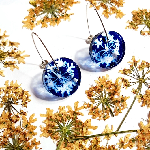 25 mm cow parsley disc earrings