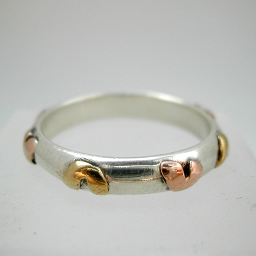 Ring with brass and 9ct rose hearts