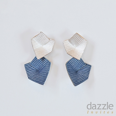 Lines in Motion earrings - blue
