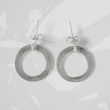 Forbes loop earrings silver