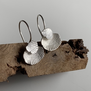 Imprint cradle hook earrings