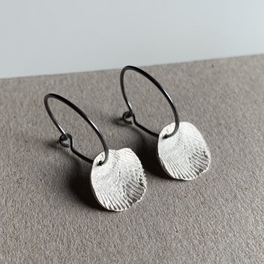 Imprint Venus sleeper earrings
