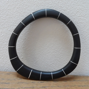 black stripe bangle