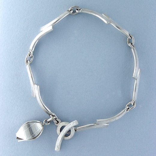 chain bracelet from above