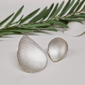 Large Mis-match Pyrus earrings