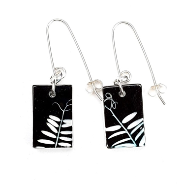 Black Vetch Small Rectangle Earrings
