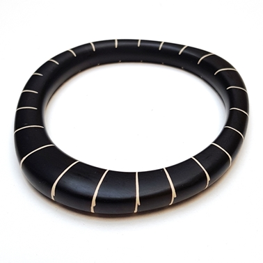 black stripy magnetic resin bangle