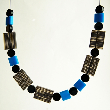 blue metro necklace 1