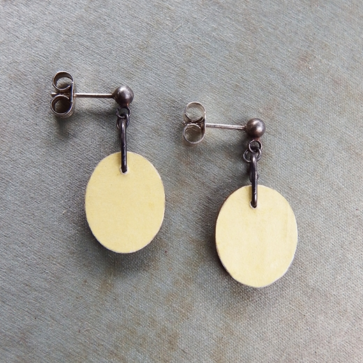 Brown and Gold Earrings Reverse
