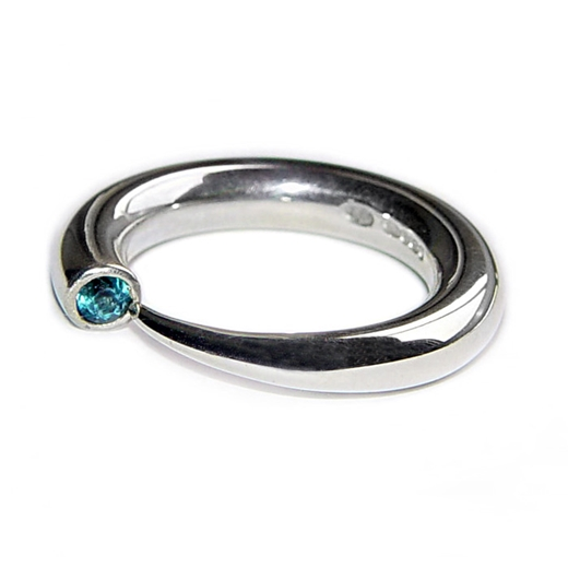 Tapering Silver Wiggly Ring