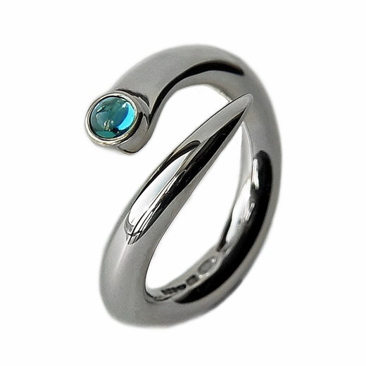 wiggly curving ring