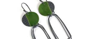 Caroline Finlay - Drop earrings with arch loop