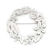 'Circle of Leaves' Brooch in Silver