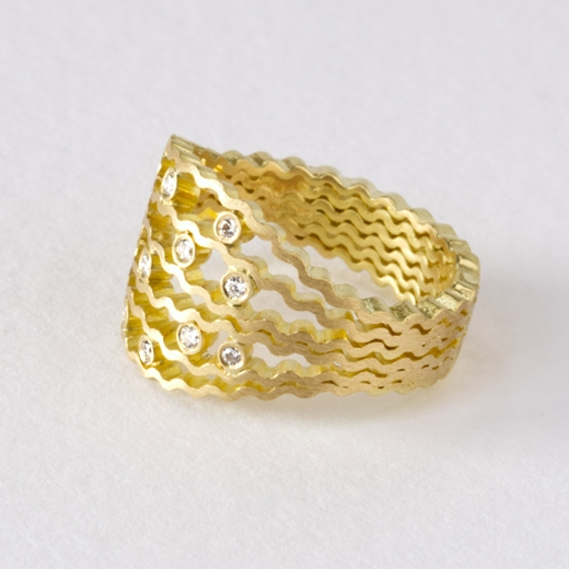 Diamond Strata statement ring -- 18ct gold, side view - by Clara Breen