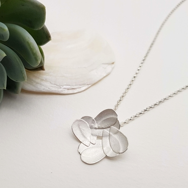 Double pear flower pendant