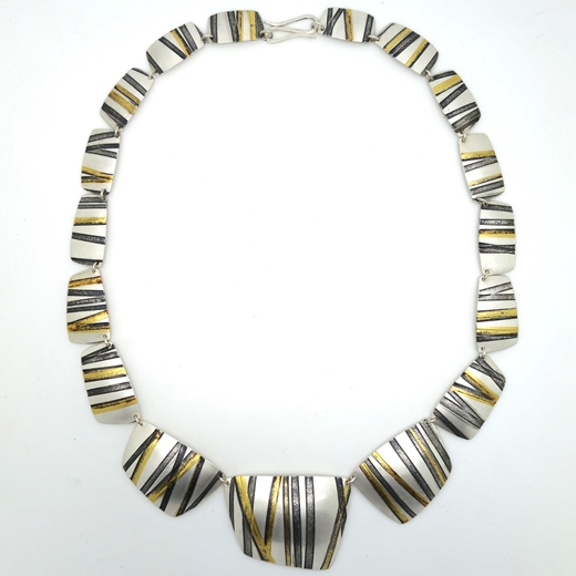 Threads necklace