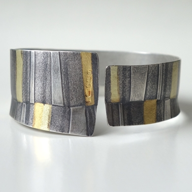 Seamed Stripes Cuff