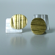 Oval-Gold/Rectangle stud