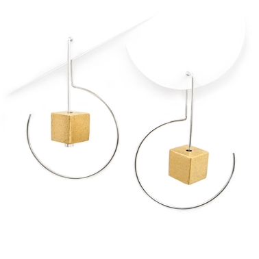 Labyrinth Midi Cube Earrings