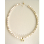 enso pearl scoop necklace