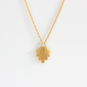 Fan pendant.Gold vermeil