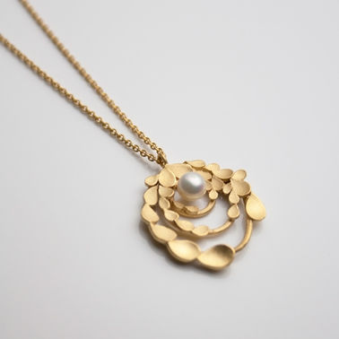Floral Orbit Silver gold-plated Necklace with Pearl-1