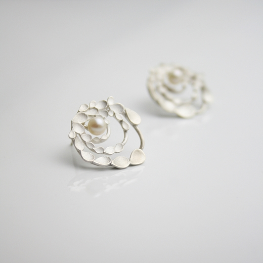 Floral Orbit Silver and pearls Earrings 2