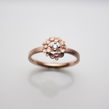 Floral wreath 9ct rose gold ring-1