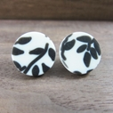 Floral studs cream and black