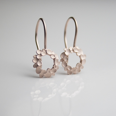 floral wreath-rosegold-drop-earrings-1
