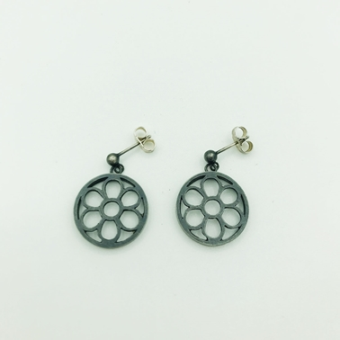 Flower Drop Earrings Front