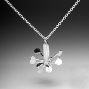 Flowerburst pendant necklace
