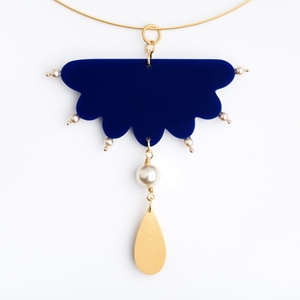 Flying Cloud Necklet
