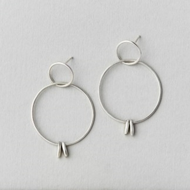 Tag double hoop earrings