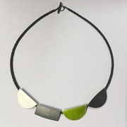 Green four shape necklace
