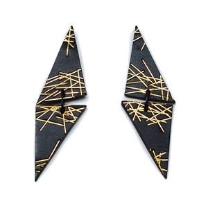 Freehand Triangle Lines Earrings