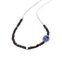 Garnet petri necklace close