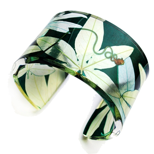 Green passion flower wide cuff