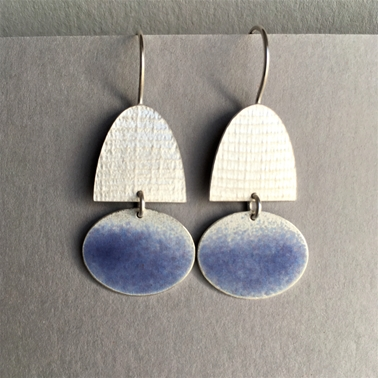 Half oval hook earrings with Violet Blue oval