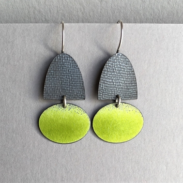 Half oval hook earrings with Yellow green oval