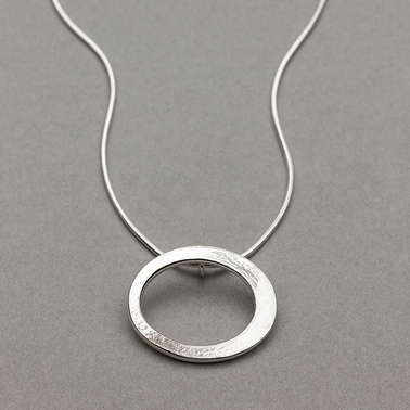 HALO SNAKE NECKLACE