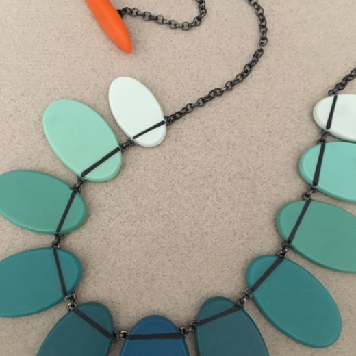 Ombre necklace close up