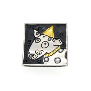 dog brooch 1