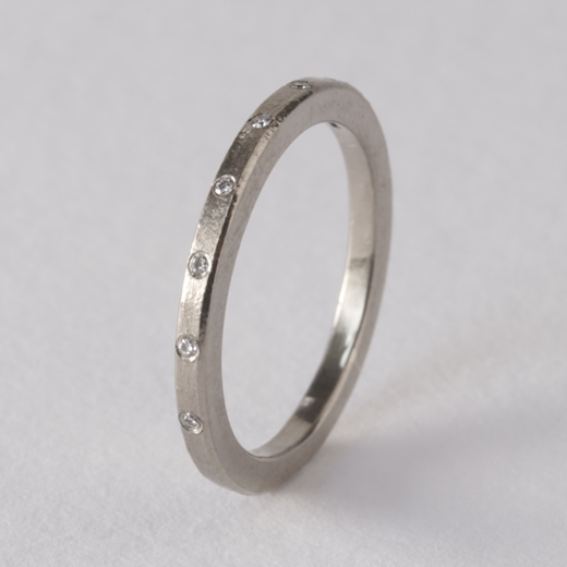 Celestial ring - white gold by Clara Breen