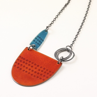 Tidal necklace - burnt orange