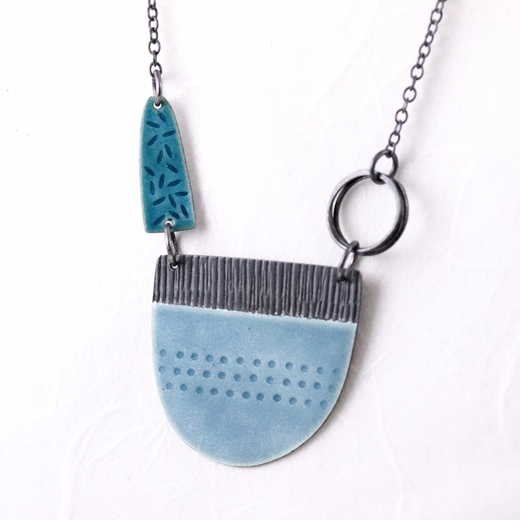 Tidal necklace blue-grey