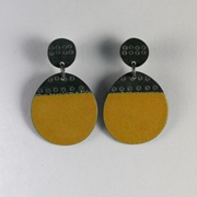 Buoy earring round yellow