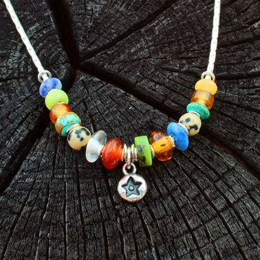 multi-coloured necklace no.6, 1