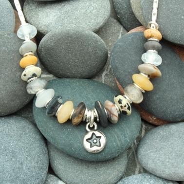 seaside necklace no.9, 1