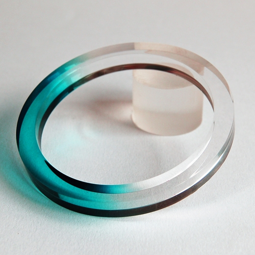 jade dip dyed bangle 1